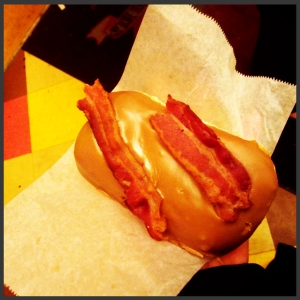 maple bacon donut, voodoo portland